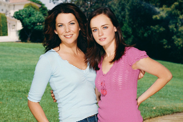 10 Invaluable Love Lessons That 'Gilmore Girls' Taught Us