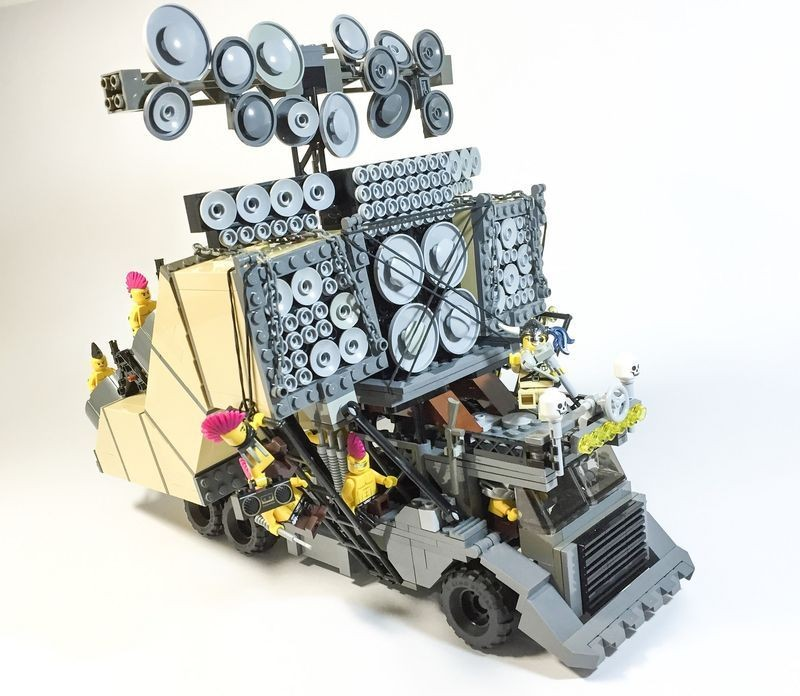 The LEGO Versions of the 'Mad Max' Death Cars Are as Cool as the ...