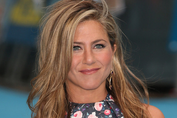 Say What?! Jennifer Aniston Wants To Switch Bodies With Someone