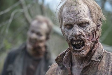'The Walking Dead' Recap: Daryl's Spaghetti Incident, Rick's Kiss, and the Worst Bedtime Story Ever Told
