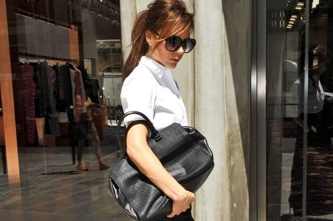 Doctors Have Named an Injury After Victoria Beckham, the Science Behind Cleansing Oils, and More