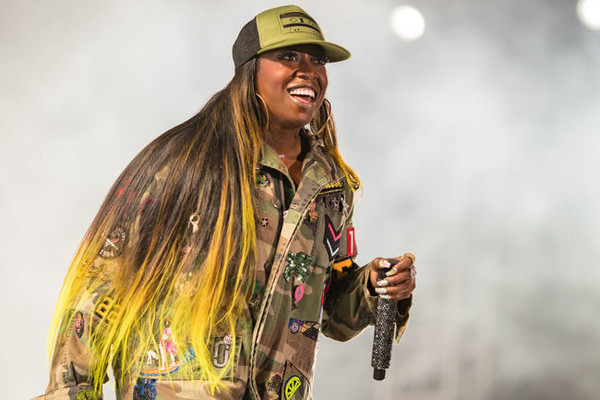 This Viral Video Of Missy Elliot's 'Funky White Sister' Performing 'Work It' Is The Best Thing On The Internet Today