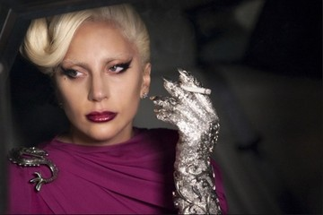 How Closely Did You Watch the Premiere of 'American Horror Story: Hotel?'