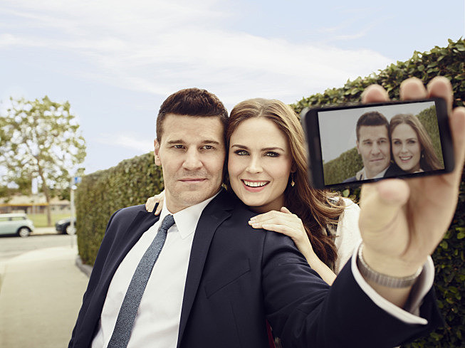 in bones when do booth and brennan start dating