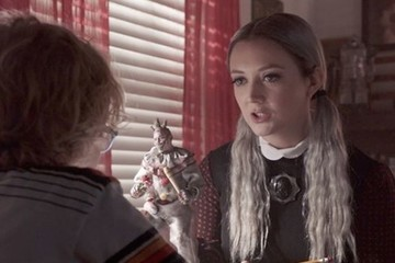 There's Funny Business Afoot: Winter Is Totally Seducing Ally on 'American Horror Story: Cult'