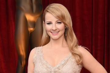 'Big Bang Theory's Melissa Rauch Announces Pregnancy, Reveals Past Miscarriage