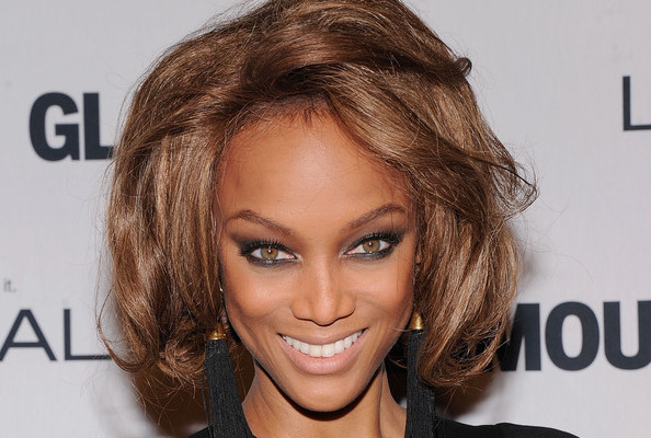 Tyra Banks Fakes an Australian Accent for 'Harper's Bazaar,' Prabal Gurung's Mini Rom-Com, and More!