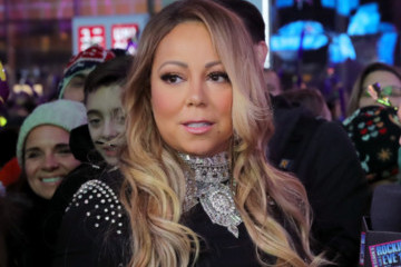 Whoops: Mariah Carey's New Year's Eve Performance Was Pretty Much a Disaster