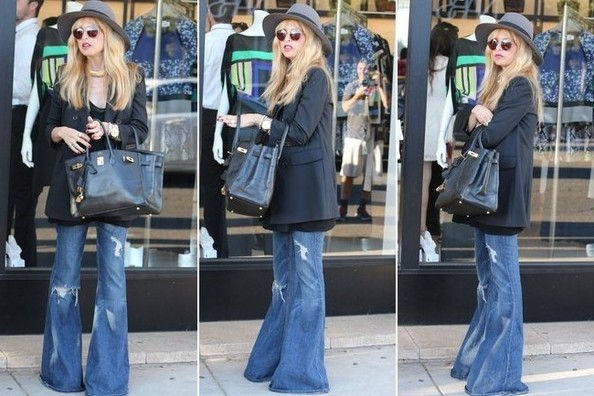 Bell-Bottom Jeans Like Rachel Zoe