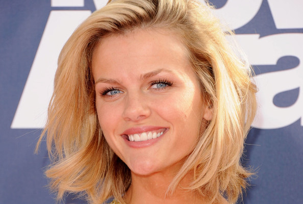 Exclusive Interview: Brooklyn Decker, StyleBistro Celebrity Guest Editor