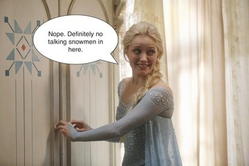 5 Hypothetical Plot Lines Using New 'Frozen' Photos from 'OUAT'