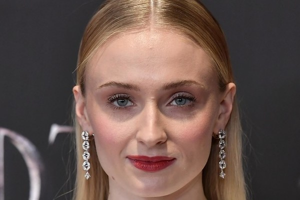 Sophie Turner Reveals She Was Dealing With Severe Depression During 'Game of Thrones'