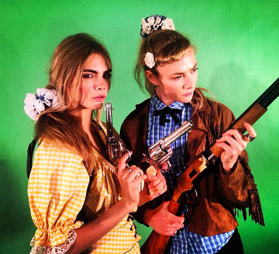 Cara Delevingne Is Bringing Scrunchies Back + a Brief Scrunchie Retrospective