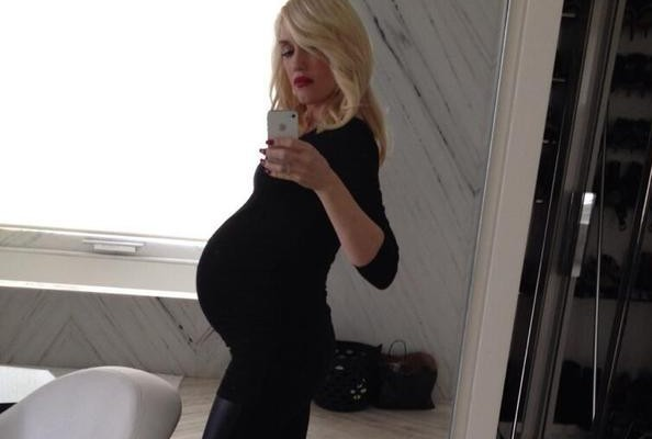 Gwen Stefani is the Hippest Pregnant Star in Hollywood