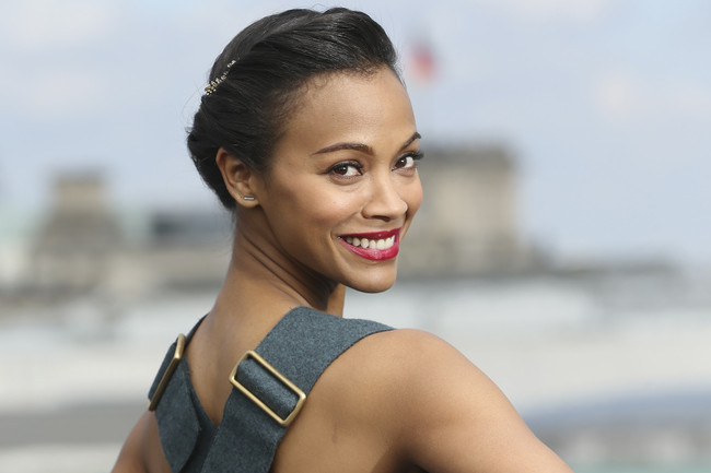 Zoe Saldana's Sophisticated Crop-Top