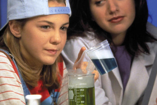 10 Things You Probably Didn't Know About 'The Secret World of Alex Mack'