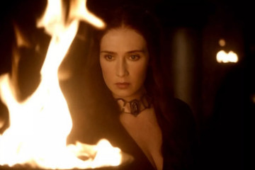 Fans React to THAT Melisandre Moment on the 'Game of Thrones' Season 6 Premiere