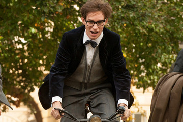 Eddie Redmayne Transforms Into Stephen Hawking in First Trailer for 'Theory of Everything'