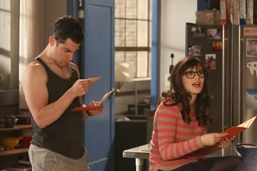 'New Girl' Sneak Peek Photos: Jess Throws a Bachelorette Party