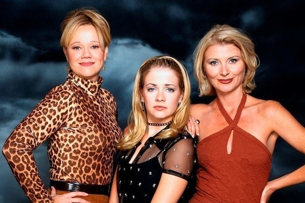 Cast Of Sabrina The Teenage Witch Supports Cast Of