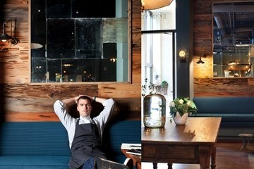 Spotlight on Atlanta: Star Chef Hugh Acheson