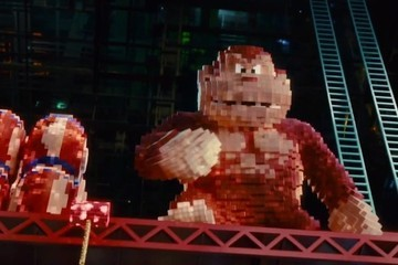 Watch Pac-Man and Donkey Kong Destroy New York in 'Pixels' Trailer