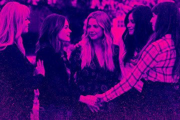 The Emotional Stages of Watching the 'Pretty Little Liars' Series Finale