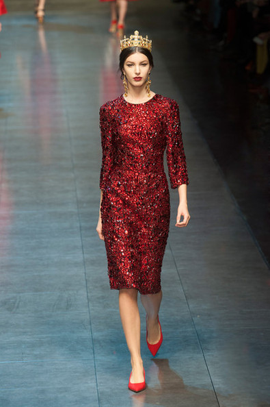 THIS Is the Most Expensive Dress Ever Sold on Net-a-Porter, John Galliano Skips the Met Ball, and More!