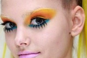 Jeremy Scott Brightens up Fall 2011 With Neon Beauty Looks