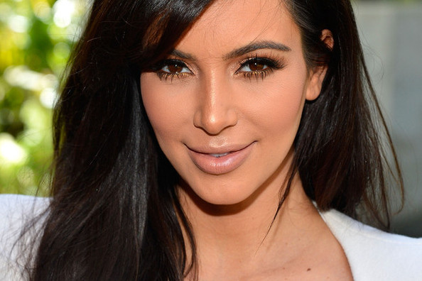 Kim Kardashian Got Blunt Bangs—For Reals This Time! [VIDEO]