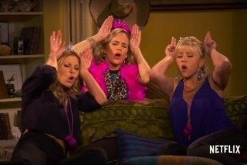 'Fuller House' Behind-the-Scenes Sneak Peek Proves That You Can Always Go Back Home