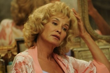 Jessica Lange Is Returning To Give 'American Horror Story' New Life