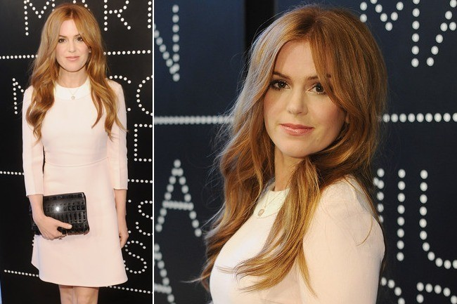 Isla Fisher's Pretty Pink Retro Dress