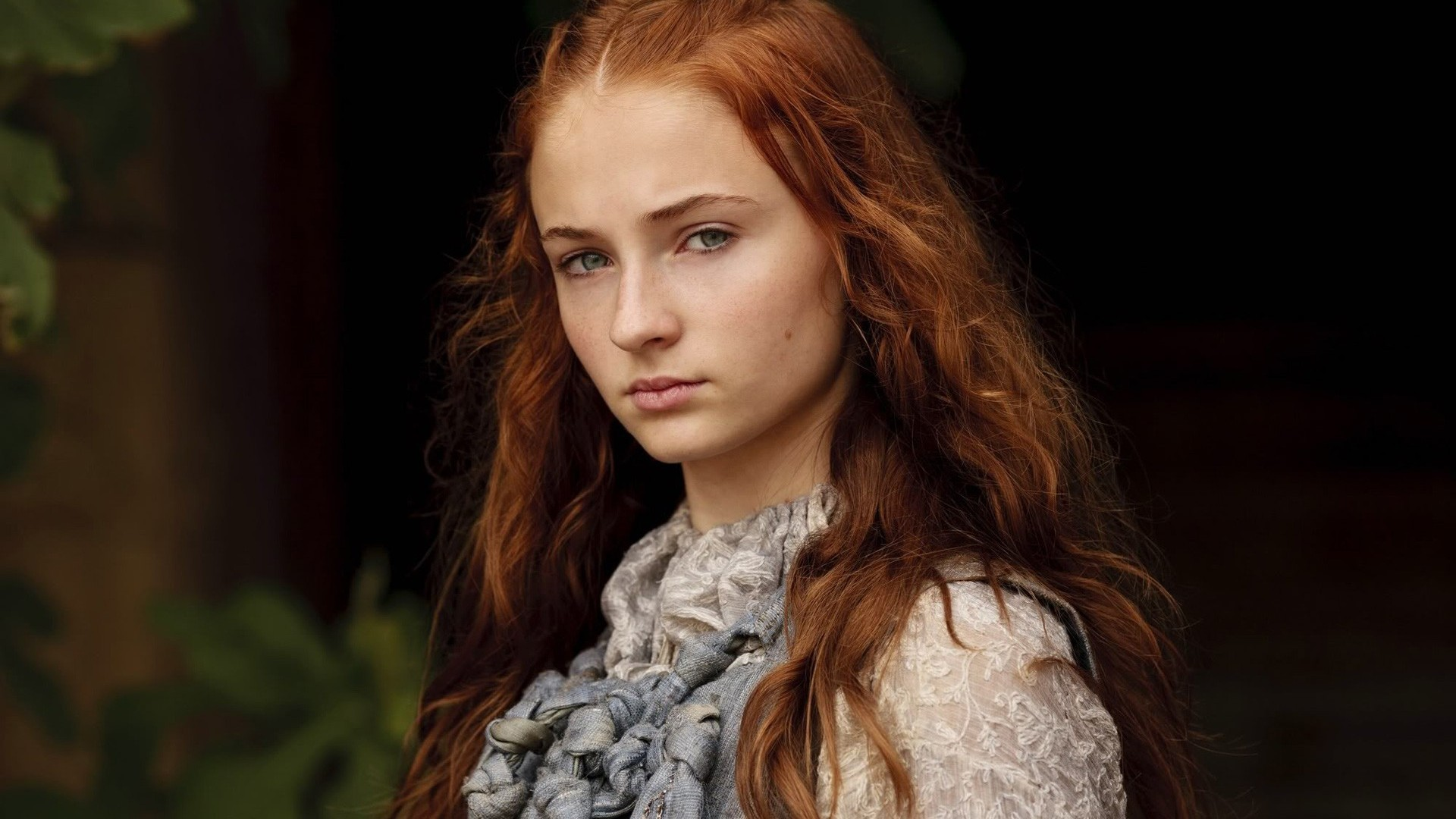 'Game of Thrones' Sophie Turner Says Sansa 'Commands the Respect She Deserves' in Season Six
