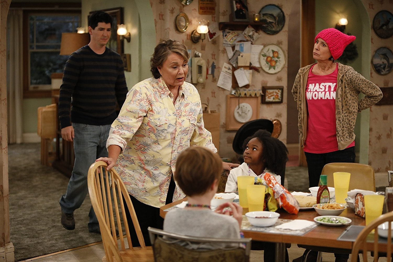 'Roseanne' Star Sara Gilbert Is Here To Remind You 'The Conners Aren't Trump Supporters'