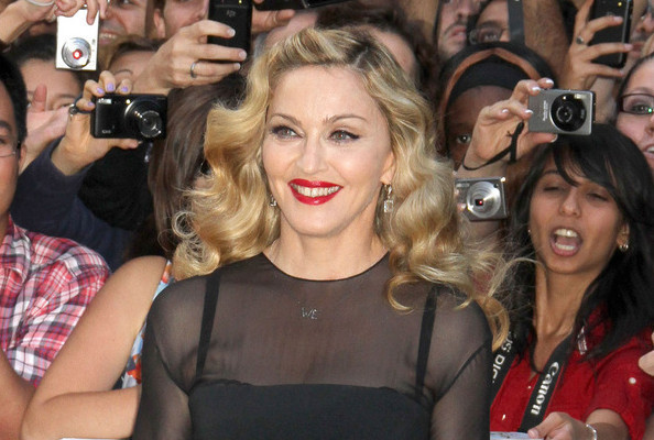 Retail Roundup: Madonna to Launch Signature Scent?