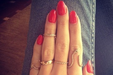 A Yes or No Question: First Knuckle Rings