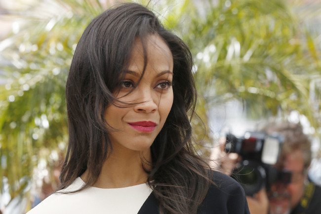 Zoe Saldana Rocks the Black-and-White Trend