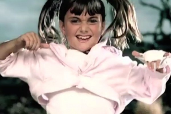 Alyson Stoner dancing in missy elliot video