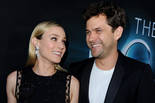 are diane kruger and joshua jackson engaged diane kruger zimbio. Black Bedroom Furniture Sets. Home Design Ideas