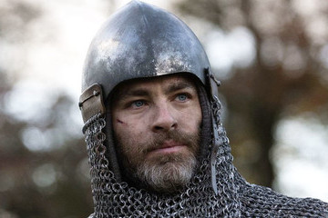 Netflix's 'Outlaw King' Is Ambitiously Basic