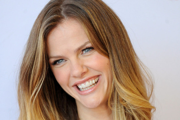 Brooklyn Decker DIY'ed *NSYNC Pants, Victoria's Secret Fashion Show Rumors, and More!
