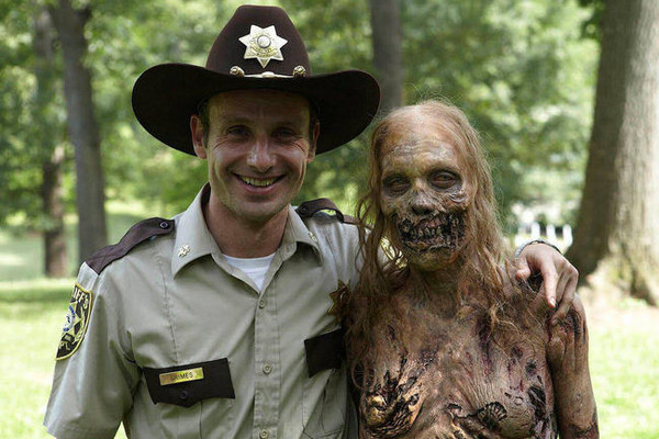 Now, That's Deadication: After 7 Years, 'The Walking Dead' Will Feature Its First Fully Nude Zombie