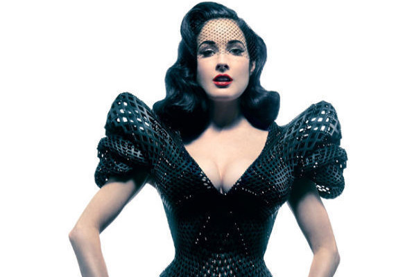 Dita Von Teese Models 3-D Printed Dress, 'What Not to Wear' Ends, and More!
