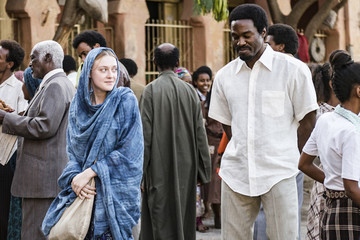 Dakota Fanning Plays A White 'Ethiopian' Refugee In A New Film, And People Are Downright Confused