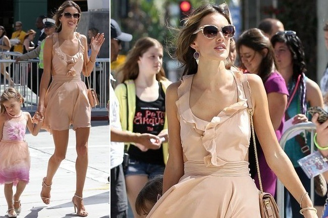 Alessandra Ambrosio's Sweet Summer Dress