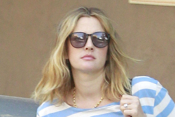 Drew Barrymore Is Back to Blond