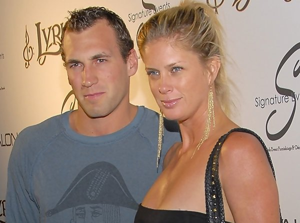 Rachel Hunter's Fiance Calls Off Wedding Just Weeks Before ...