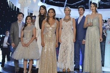 'Pretty Little Liars' Christmas Special Sneak Peek