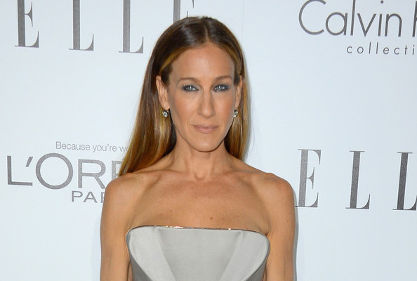 Sarah Jessica Parker Teams Up with Kenneth Cole to Make Handbag for Charity